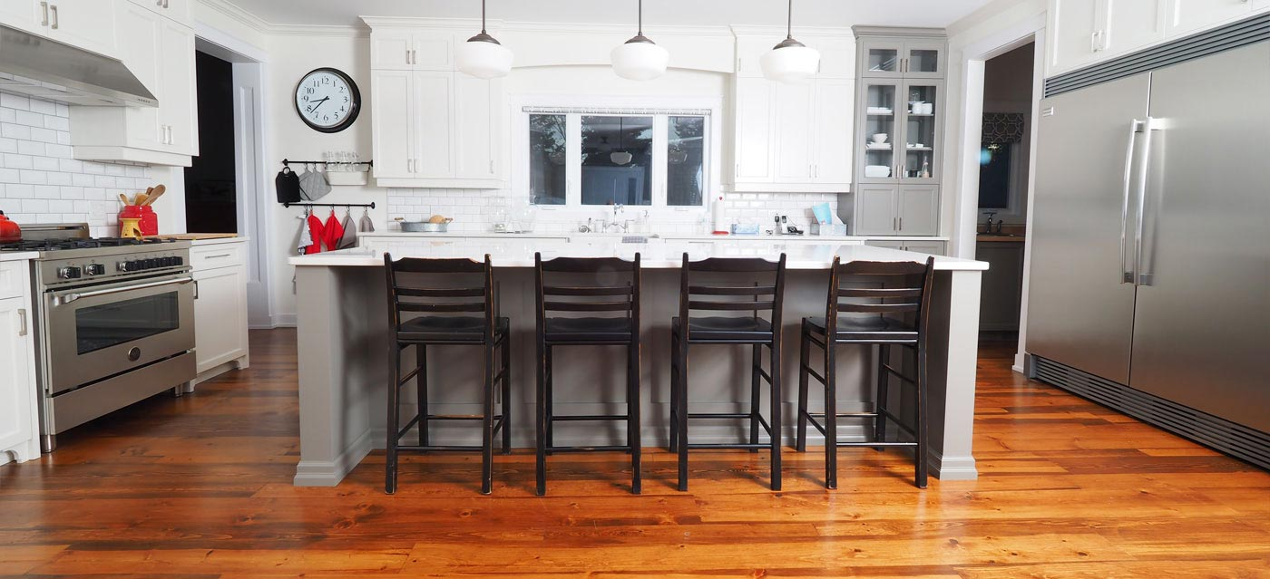 Reclaimed Pine Floor Kitchen Distressed Logs End