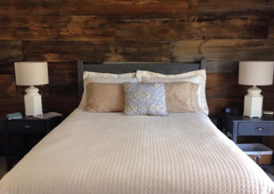 barnboard-bedroom
