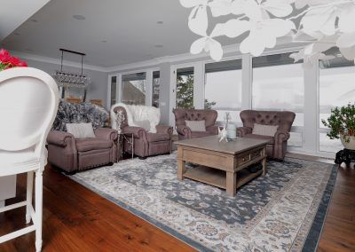 Logs End Wide Plank Engineered Walnut – Distressed – Character Grade – Prefinished Natural Photographer: Stewart Curry