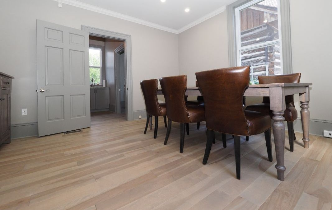 Reclaimed Hardwood Flooring – The Environmentally Conscious Choice