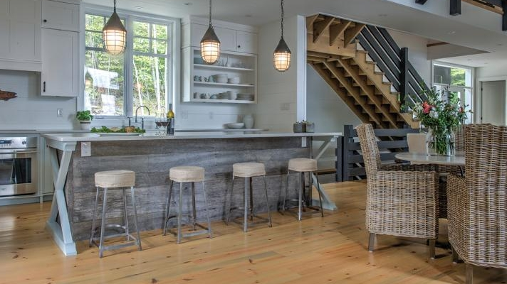 Ottawa At Home: Cool & Classic Cottage