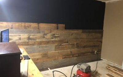 Logs End Reclaimed Barn Board Helps Transform Spaces