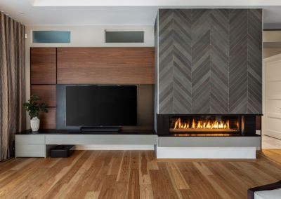 Logs End Hickory Bristol Hardwood Flooring in Pebble Trail Home